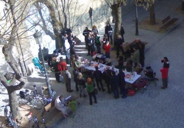 Desayuno Con Viandantes / Valencia / Spain
